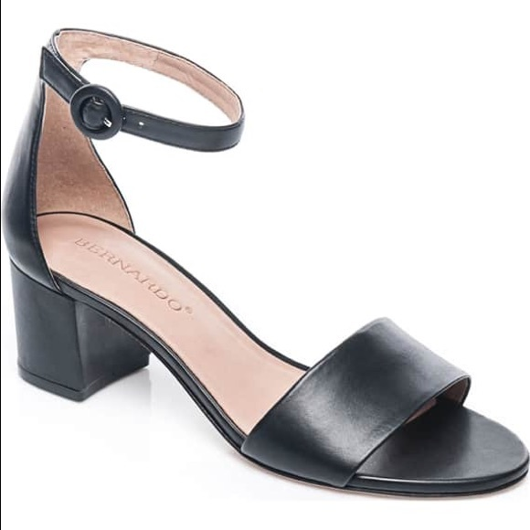 bd37e427a95df3 Bernardo Shoes - Bernardo Belinda Ankle Strap Sandal